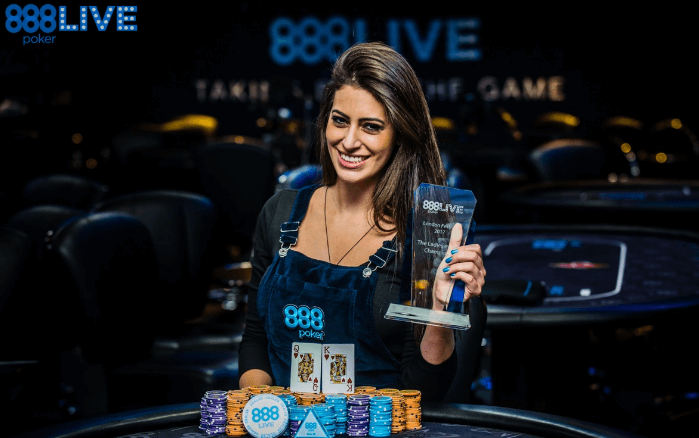 Бразильянка Вивиан Салиба вступила в команду 888 Poker